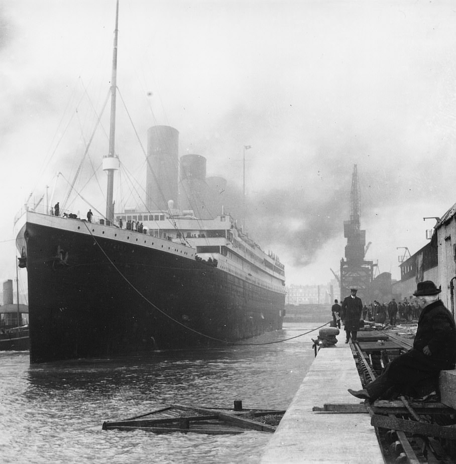Titanic docked at South Hampton in 1912