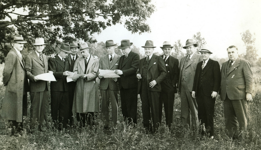 Dearborn City Fathers planning the spot for Seashore Pool in 1940